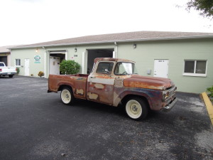 DON'S 1957 F-100